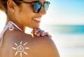 Kosmetik für den Urlaub: Das muss mit