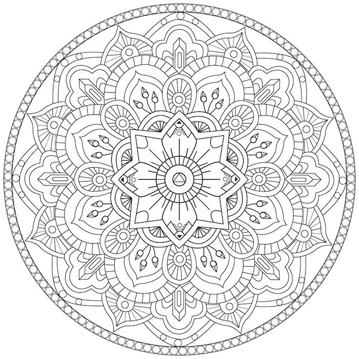 ein weißer kreis mit vielen kleinen mandala motiveb, weißen blättern und einer großen weißen mandala blume zum ausdrucken