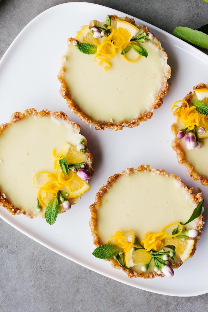 kuchen ohne backen, tarten mit zitrone und keksboden, veganer rezepte