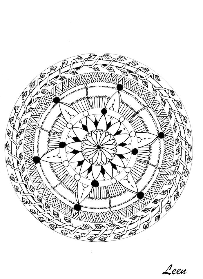 ein ausmalbild mit einer großen schwarzen mandala figur mit einer großen weißen blume mit weißen und schwarzen blättern, blumen vorlagen zum ausdrucken