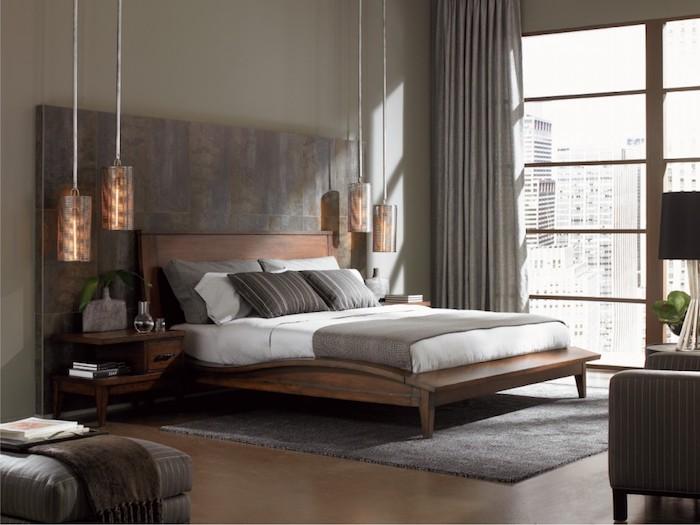 moderne schlafzimmer, silberne pendellecuhten, graue vorhönge, einrichtung in naturstarben