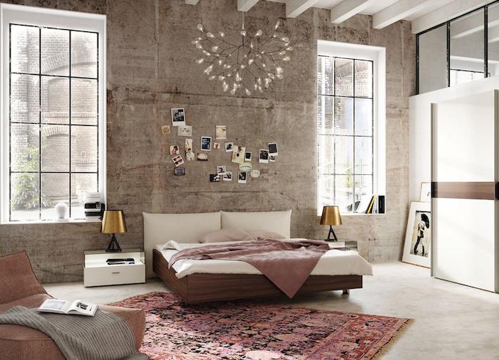 schlafzimmer gestalten, pendelleuchte über dem bett, teppich in retro stil, möbel set