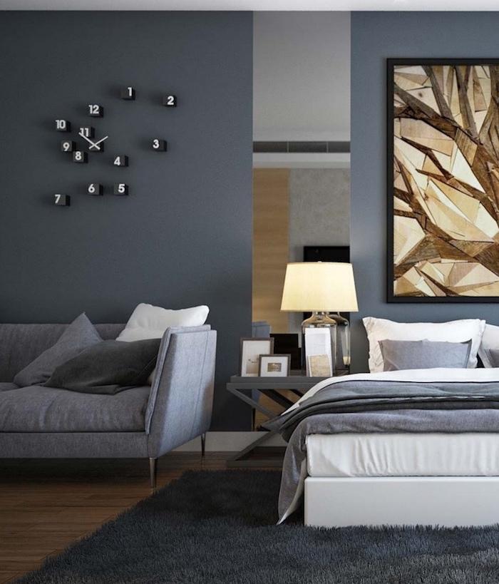 schlafzimmer ideen, wandfarbe grau, großes bild, flauschiger teppich, graues sofa