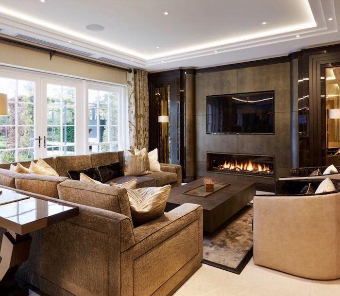 welche farbe passt zu braun, moderner kamin, led belcuhtung, abgehängte decke, wohnzimmereinrichtung