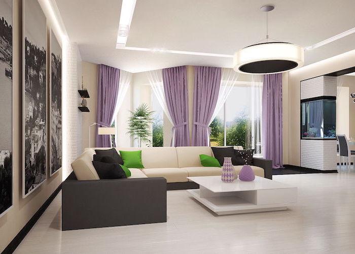 ideen für moderne wohnzimmermöbel in beige, braun und lila, quadratischer tisch mit lila vasen darauf