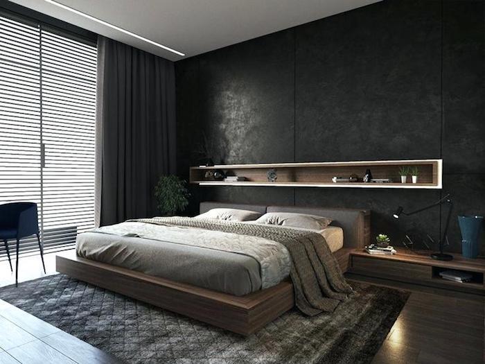 zimmer einrichten ideen, schwarze wand mit eingebautem regal, bett aus holz, graue vorhänge