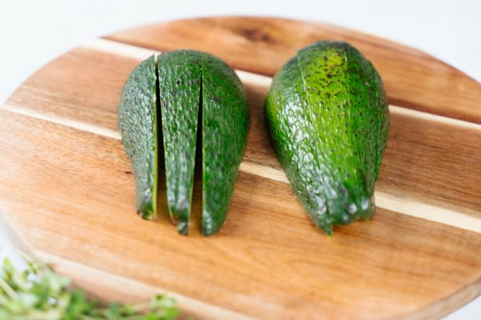 fingerfood einfach unfd schnell, knuspringe avocado häppchen zubereitunsweise