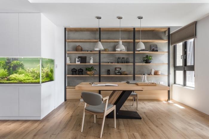 zimmer einrichten ideen, home office, büro gestalten, möbel set aus holz, regale mit dekos, aquarium