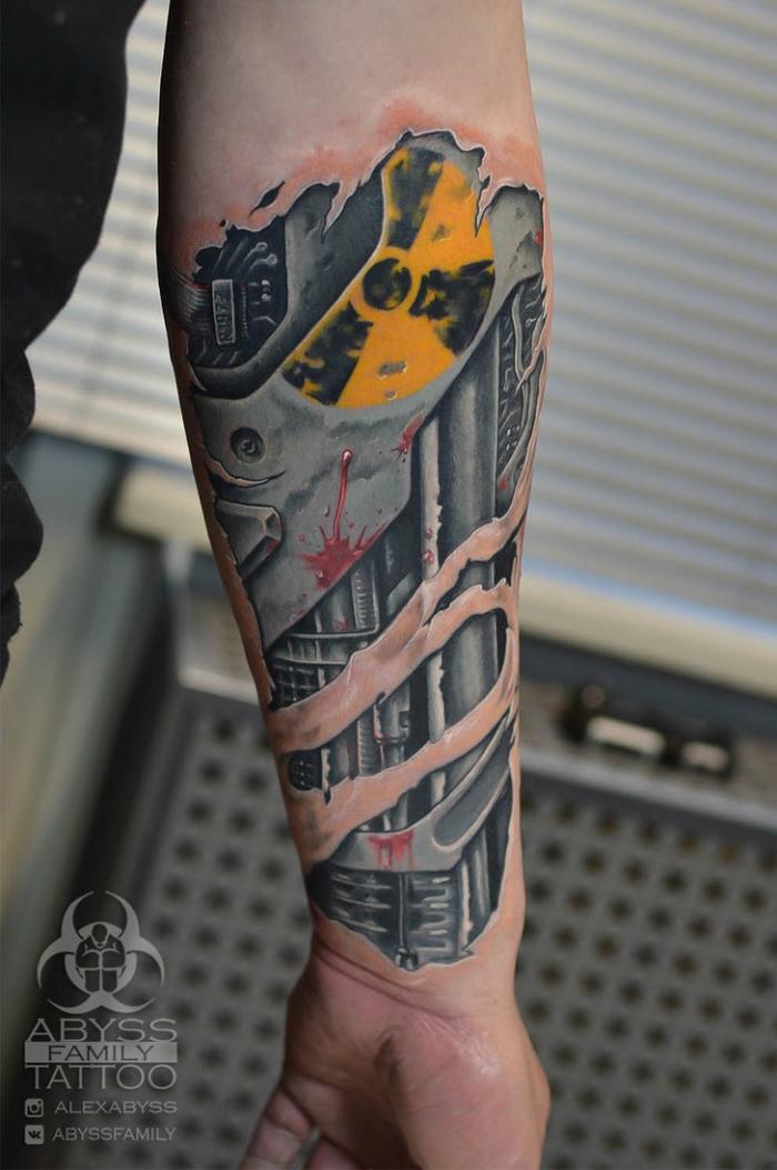 3d tattoo arm, cyborg tätowierung, biomechanical tattoo, zerrissene haut, maschinenteilen