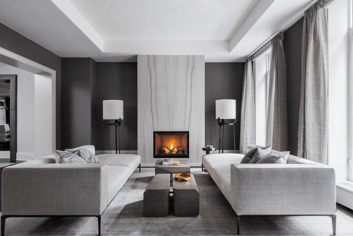 kleines zimmer einrichten, wohnzimmer in grau und anthrazit, elektrischer kamin, designer sofas
