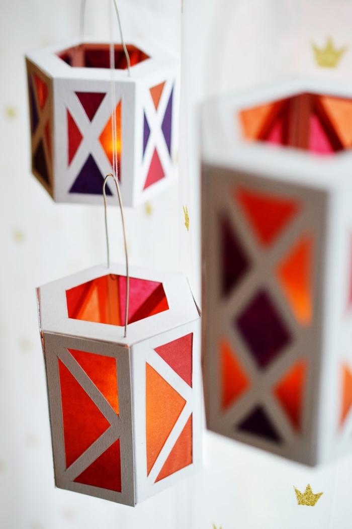 bastelideen halloween, laternen selebr machen aus bastelkarton und seidenpapier, basteln mit papier