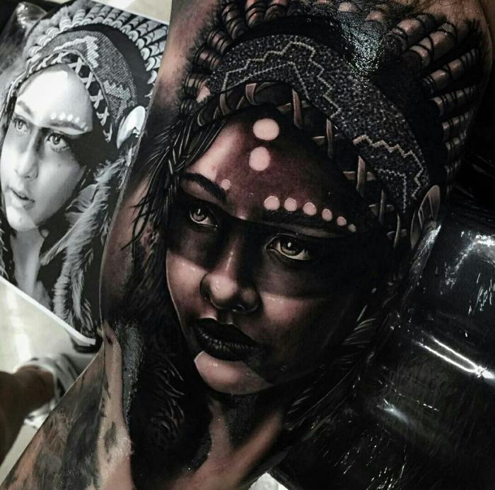 beste tattoos der welt, frau mit indianischer kopfschmuck, blackwork