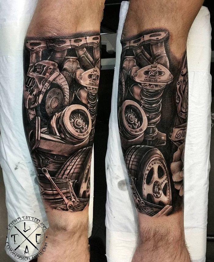 beste tattoos für männer, unterarm tätowieren, tätowierung mit maschinenteilen