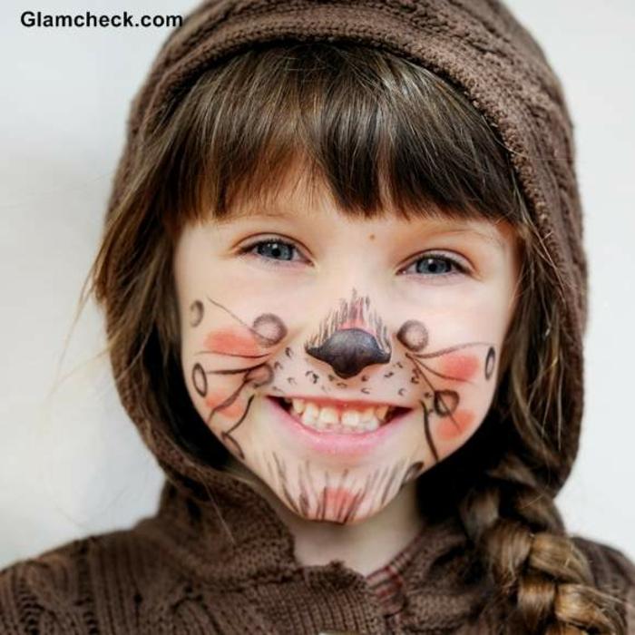 ein junges Mädchen mit braunem Make up von Fuchs, Halloween Schminken Kinder