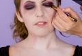 Vampir schminken: Schritt-für-Schritt-Anleitung für Halloween