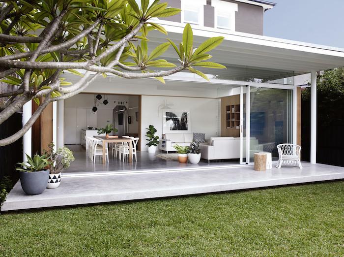 1001 ideen f r moderne einfamilienh user innen und au engestaltung. Black Bedroom Furniture Sets. Home Design Ideas