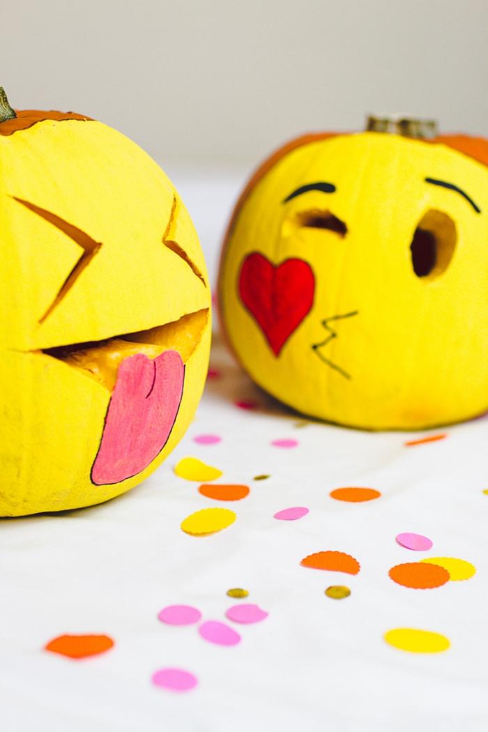 halloween deko basteln, kürbisse dekoriert als emoticons, kürbis bemalen, anleitung