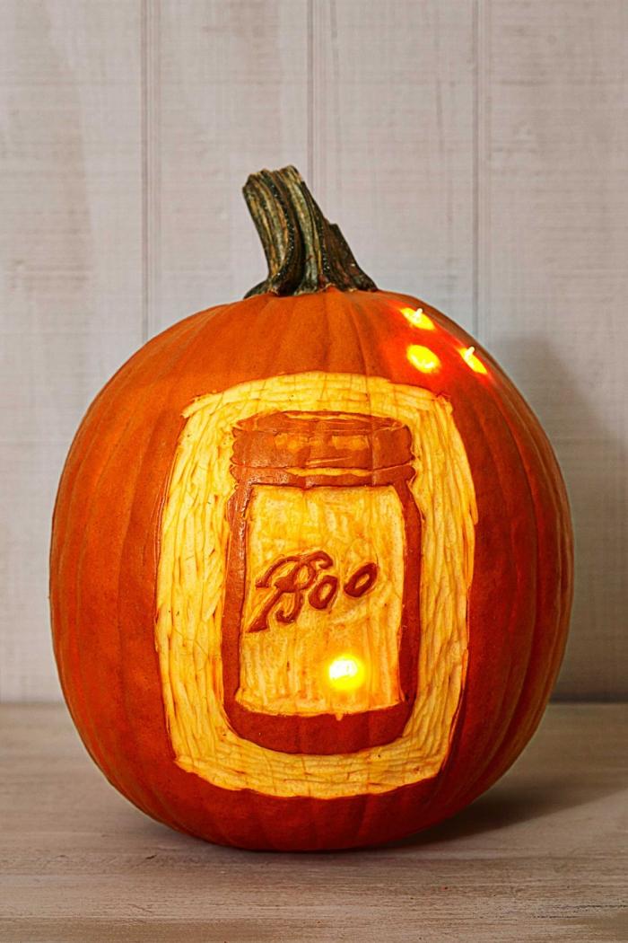 halloween deko für draußen, großer kürbis schnitzen, einmachglas mit schriftzug, diy