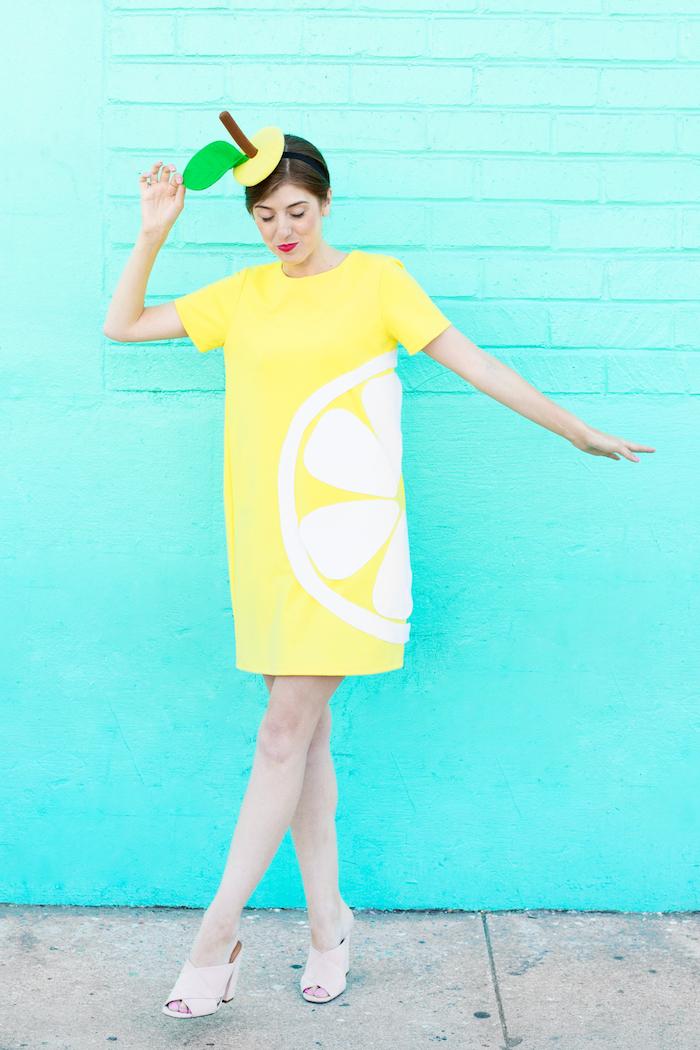 Last-Minute-Halloween-Kostüm gelber Apfel, Kleid und Mütze, Kostüme für Damen selber nähen