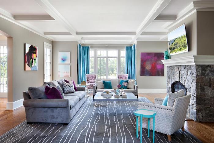 schönes haus innen und außen harmonischer look, teppich, sofa, sessel, kamin, wandbilder
