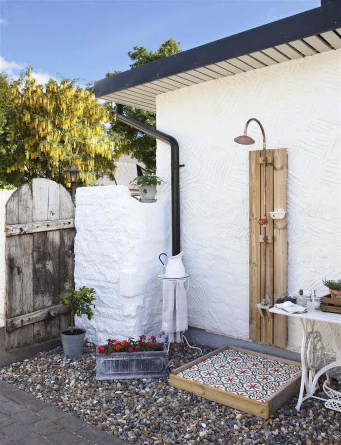1001 Ideen Und Bilder Zum Thema Sichtschutz Fur Gartendusche