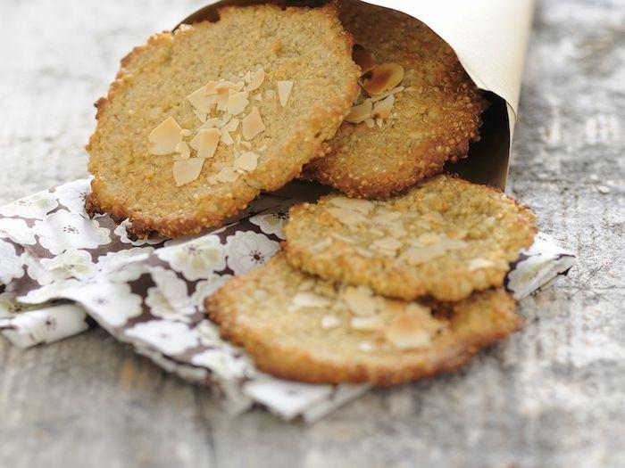 quinoa eiweiß, plätzchen mit mandeln und quinoa, rezeptideen lecker süßigkeiten