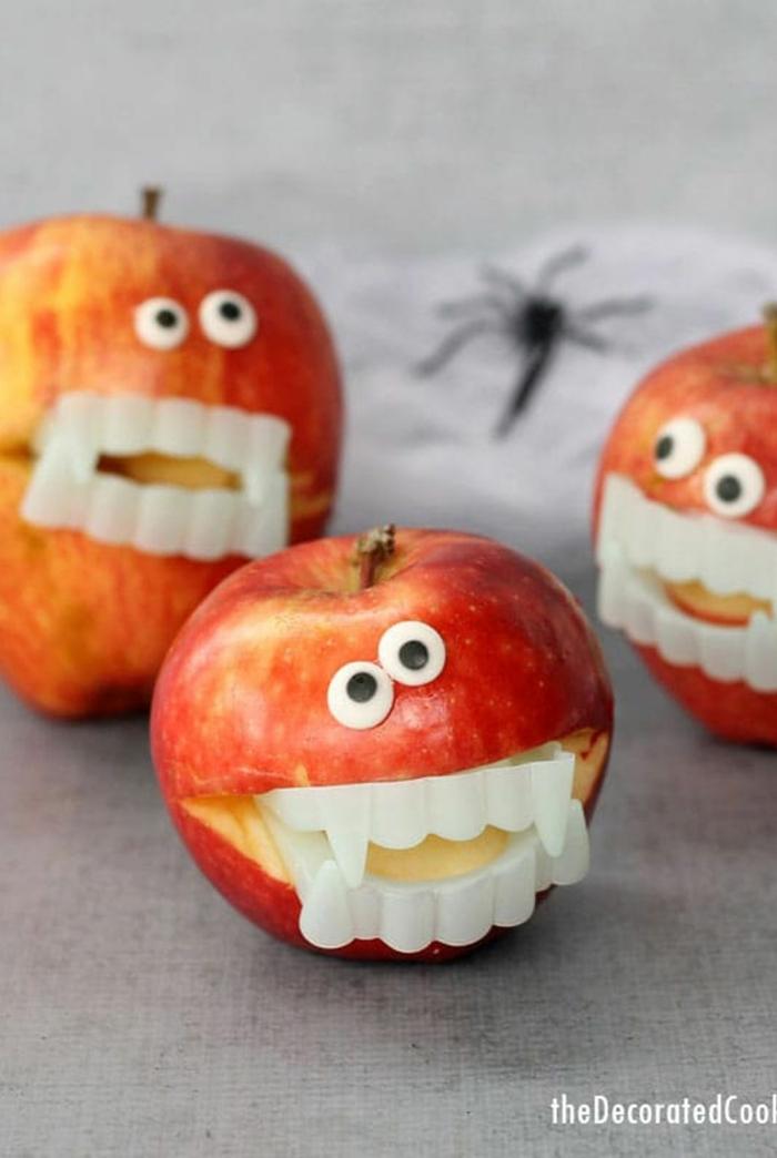 Äpfel mit Vampirenzähnen, Halloween Snack Ideen für Kinder, einfach, schnell und gruselig