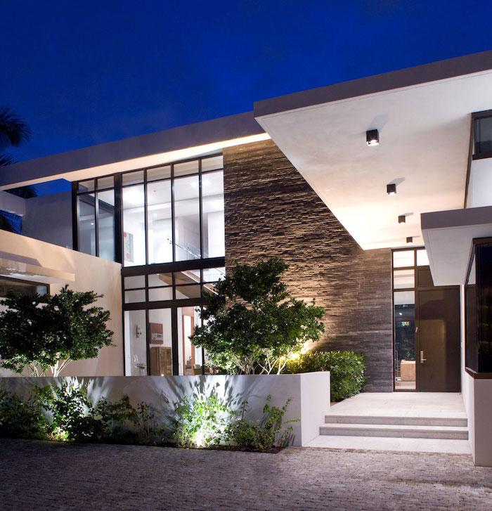 haus design ideen von außen, exterieur designer beispiele, pflanzen, beleuchtung, steinoptik