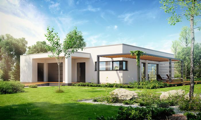 fertig häuser designen und genießen das leben darin, einstöckiges haus mit garten, bäume und gras