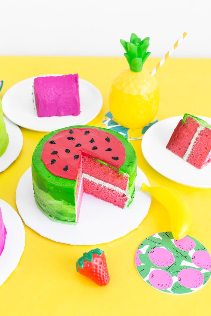 Wassermelone Torte selber backen und dekorieren, Ideen für unvergessliche Sommerparty