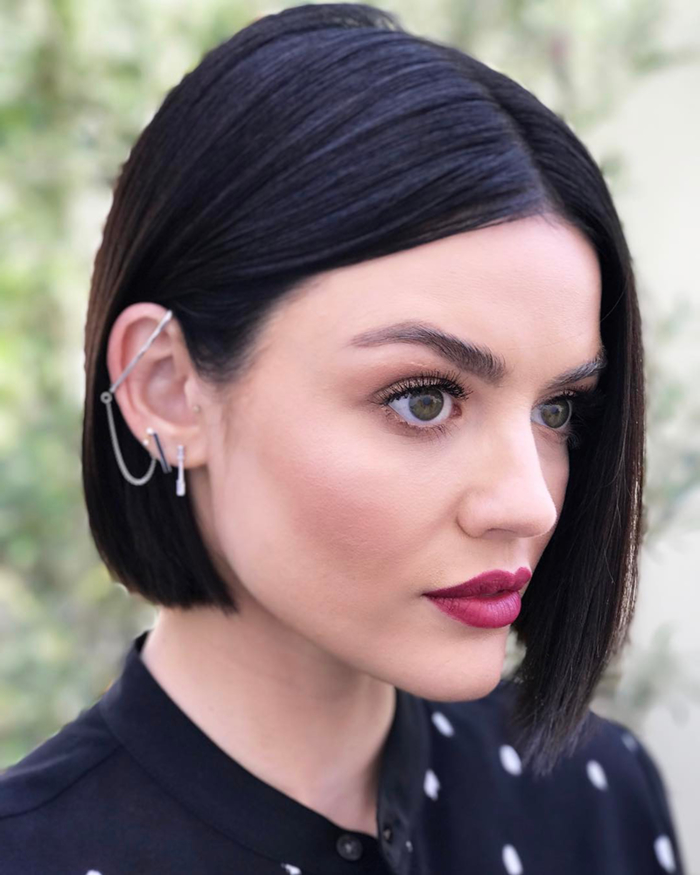 frisuren damen schöne ideen, die die gesichtszüge unterstreichen, volle rote lippen, große augen, kurze schwarze haare