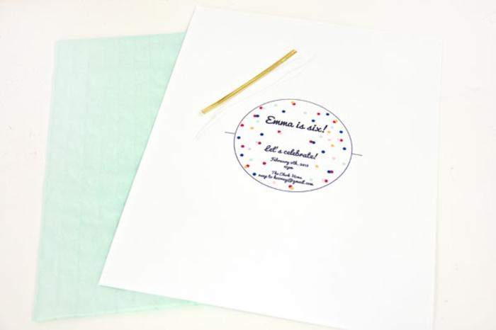 die Vorlage zum Einladungskarten gestalten mit allen nützlichen Informationen für die Geburtstagsparty