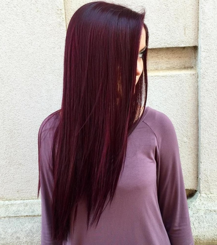 rot lila haare, pflaumenfarbe haare trends und ideen zu ihrer nächsten frisur, lange glatte haare