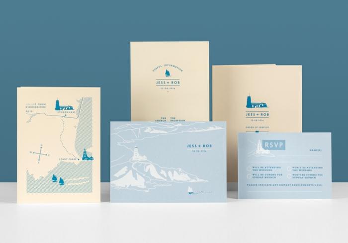 viele Karten in brauner und blauer Farbe, Einladungskarten drucken, zur Hochzeit in Lichtturm