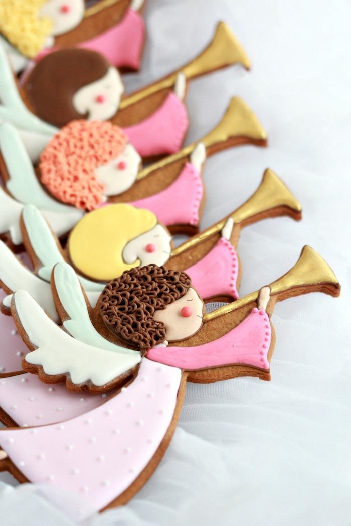 Süße Engel Plätzchen selber backen und mit Zuckerguss dekorieren, Kekse zum Ausstechen