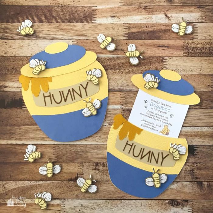 zwei Einladungskarten selber machen wie Töpfchen mit Honig und kleine Biene