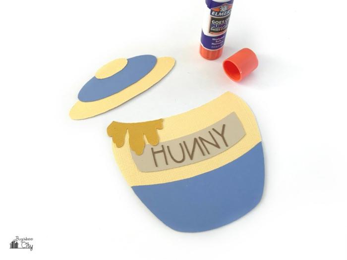 ein Töpfchen mit Honig aus dem Film Pu der Bär mit dem Deckel, Einladungskarten selber machen