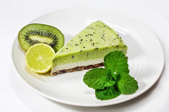 frischkäsetorte ohne backen, sommer rezepte, nachtishc mti limetten, frishces dessert