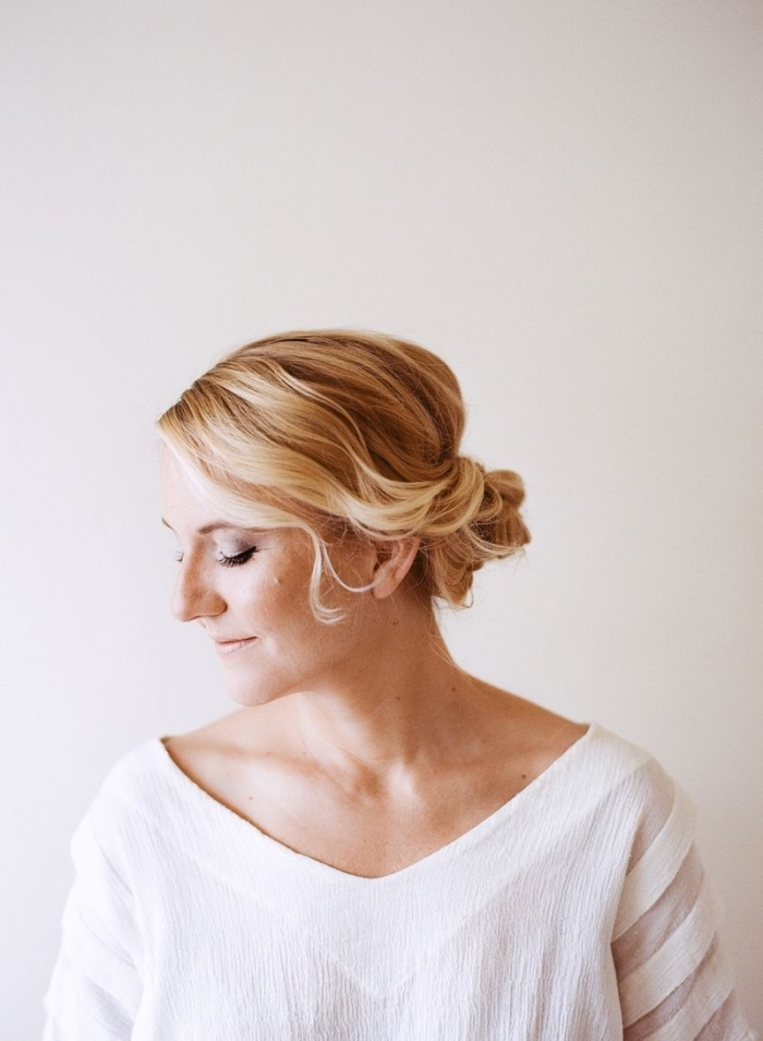 haare hochstecken, festliche frisuren zum nachstylen, einfaches tutorial, make up
