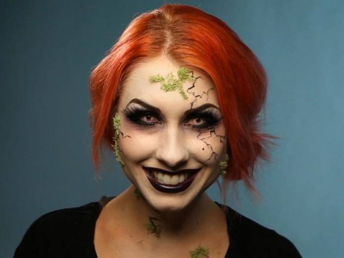 halloween schminken kinder, rothaarige frau mit kreativem look, grüner moos am gesucht schminken, zombie