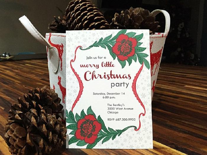 Eine Einladung zur Weihnachtsparty, Einladungskarten selber basteln, in roter und grüner Farbe