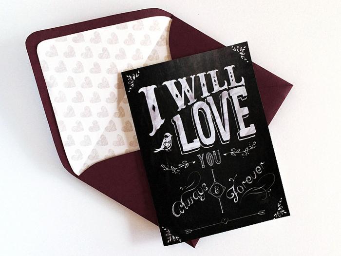 eine Einladung zum Valentinestag, einen schwarzen Briefumschlag mit Herzchen auf weißem Hintergrund
