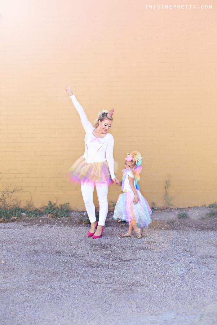 kinderschminken einhorn, mutter und tochter, unicorn kostüme und make up selber machen