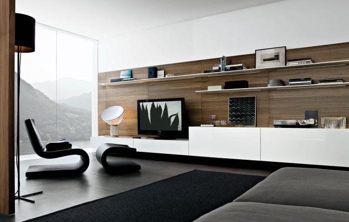 moderne wohnwände, schwankwand in weiß mit langen regalen, wohnzimmer einrichten, wohnzimmermöbel
