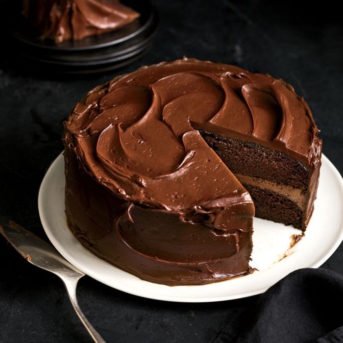 schneller schokokuchen glasiert mit schokoladen ganache, torte selber machen, rezept