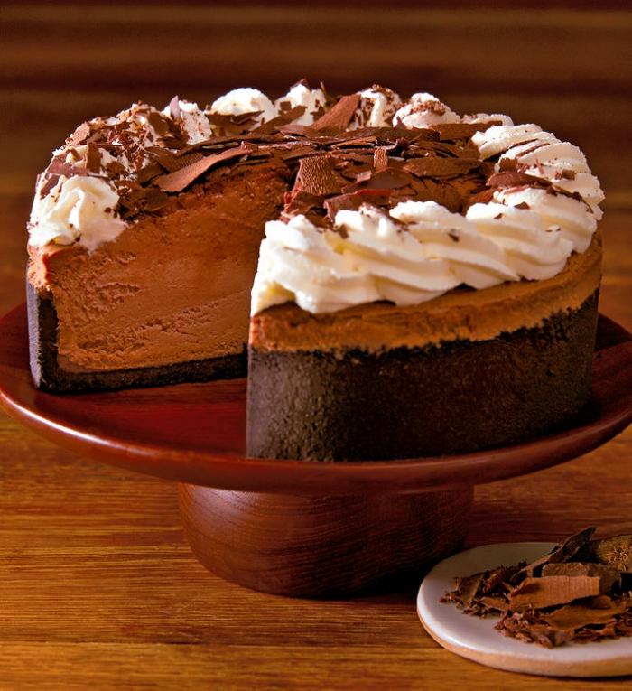 torte ohne backen, käsekuchen mit milchschokolade, geburtstagstorte rezpt, sahne