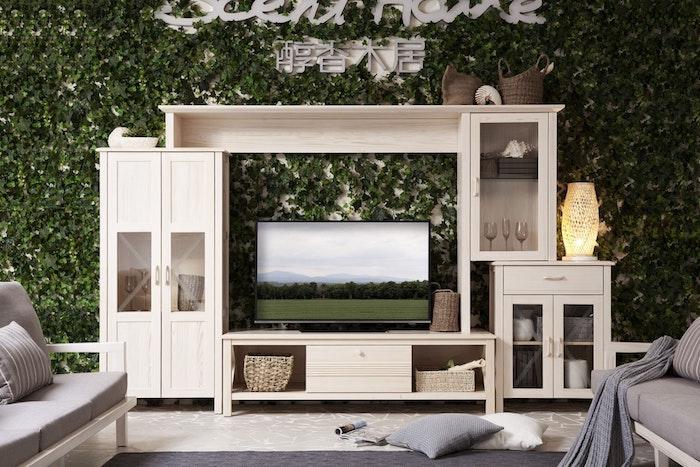 Ein Raum zum Entspannen, weiße Möbel aus Massivholz, schönen Kontrast schaffen