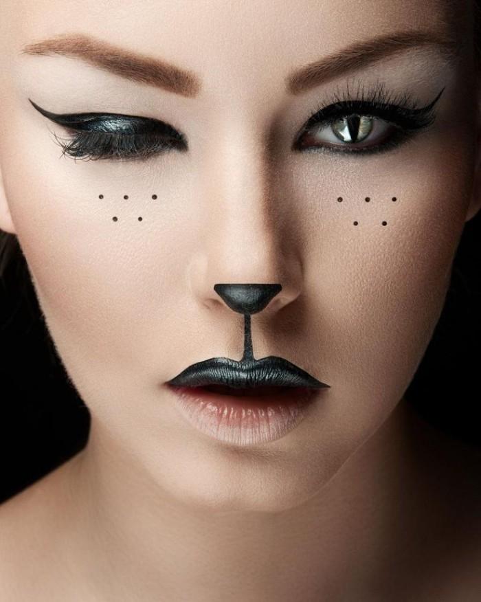 eine präzise gestaltung von katzenmakeup, halloween kostüm kind selber machen, schminke mit lidstrich