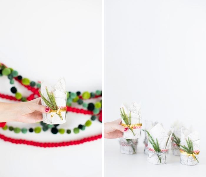 bastelideen weihnachten, girlande aus pompons, teelichthalter selber machen