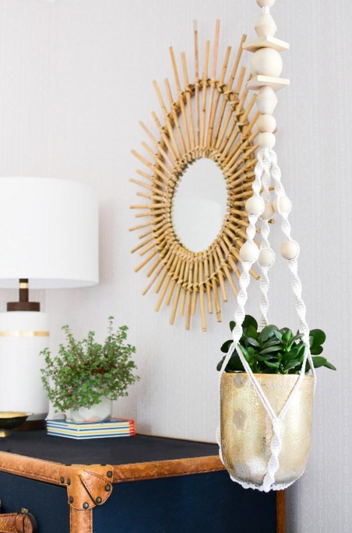 makramee blume deko, spiegel an der wand anhängen, schöne dekorationen und ideen zum gestalten